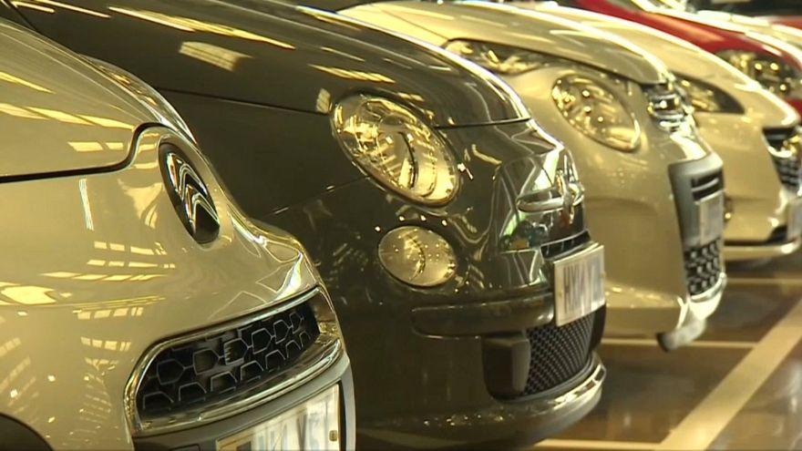 Queda acentuada na venda de carros no Reino Unido