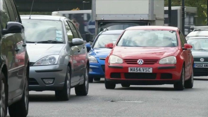Weniger Neuwagen in Großbritannien verkauft