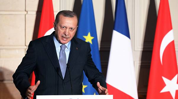 «Κόντρα» του Ταγίπ Ερντογάν με Γάλλο δημοσιογράφο