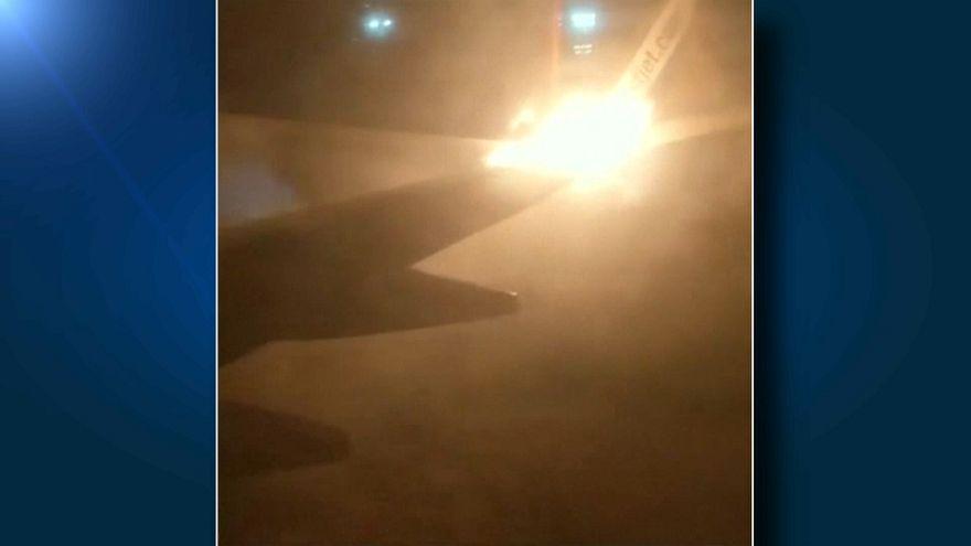 Chocan dos aviones en el aeropuerto de Toronto