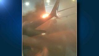 Embate em terra entre aviões no aeroporto Pearson de Toronto