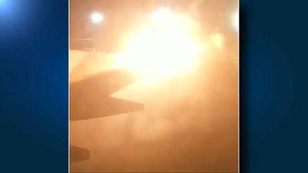Kifutópályán ütközött két repülő