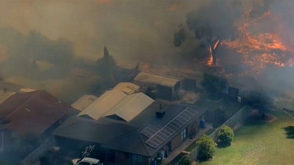 Melbourne menacée par les flammes