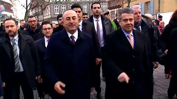 Sigmar Gabriel and Mevlüt Çavuşoğlu meet in Germany
