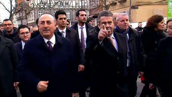 Alemanha e Turquia ensaiam reconciliação