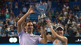 Победа швейцарских теннисистов