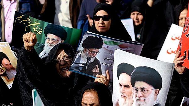 """""""İran'da en az 90 öğrenci gözaltında"""""""