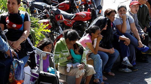 Venezuela: governo impone prezzi calmierati