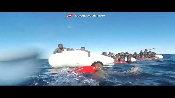 Akdeniz açıklarında 25 mülteci boğularak hayatını kaybetti