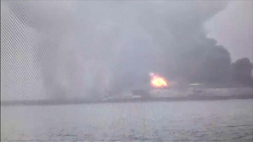 Cina: scontro in mare, 32 dispersi