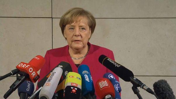 "Schulz advierte a Merkel: no pondré líneas rojas, pero quiero ""políticas rojas"""