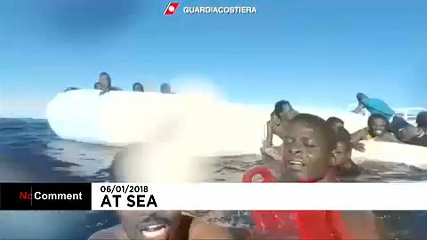 No Comment: Διάσωση μεταναστών ανοικτά της Λιβύης