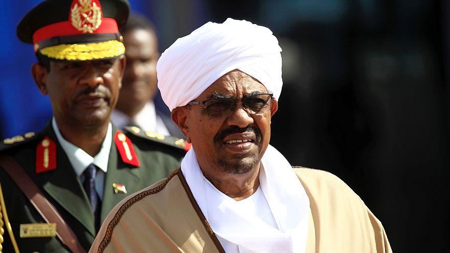 احتجاجات في عدة مدن سودانية  بعد قرار الحكومة رفع أسعار الخبز