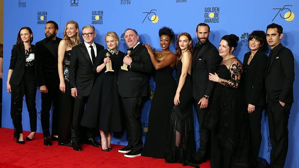 Il red carpet dei Golden Globes si tinge di nero