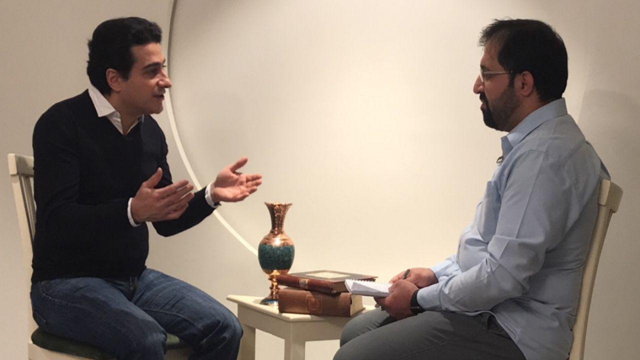 گفتگوی اختصاصی یورونیوز با همایون شجریان در رابطه با وضعیت سلامت پدرش