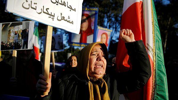 Próximos de Ahmadinejad negam detenção de ex-presidente