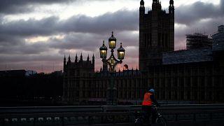 Βρετανία: Οι βουλευτές βλέπουν πορνό στο κοινοβούλιο;