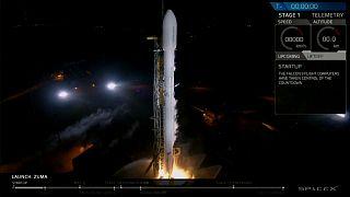 """SpaceX lança satélite """"secreto"""" dos EUA"""