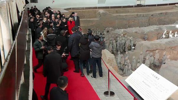"""Macron busca en China la """"reciprocidad"""" comercial"""
