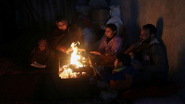 İsrail'den Gazze'ye elektrik arzı