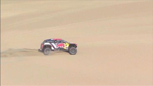 Tres franceses lideran la segunda etapa del Dakar