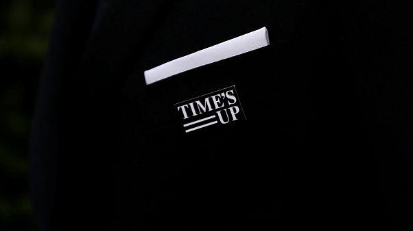 Altın Küre Ödülleri'nde siyah giymeyen ünlüler