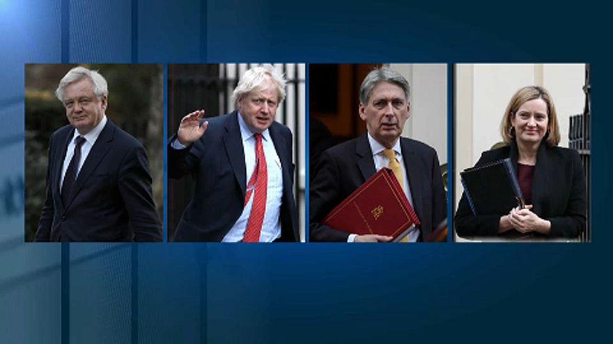 Átalakította kormányát a brit miniszterelnök