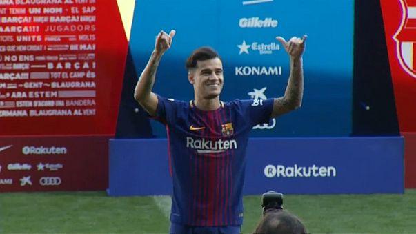 Coutinho Barcelona'ya tarihi imzayı attı