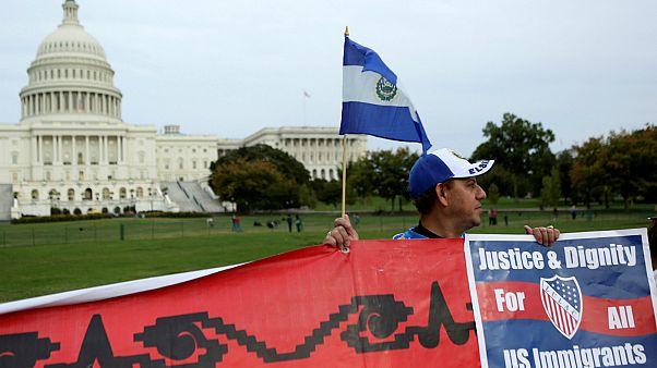 بیش از دویست هزار مهاجر در آستانه اخراج از آمریکا