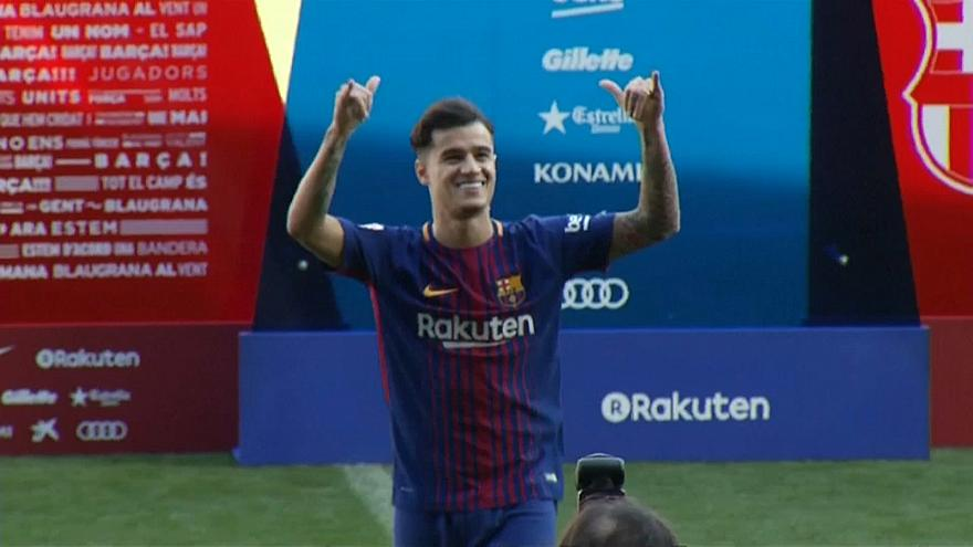 Coutinho fulfils dream as he pulls on a Barcelona shirt for first time at public unveiling