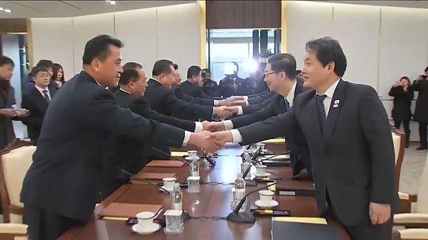 Две Кореи начали диалог