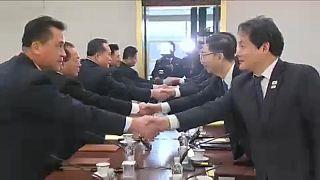 Asztalhoz ült a két Korea