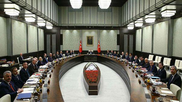 از تمدید وضعیت اضطراری در ترکیه تا کنایه آنکارا به واشنگتن