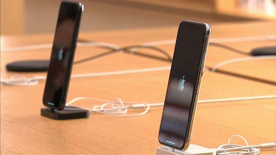 """La Francia fa causa alla Apple per """"obsolescenza programmata"""""""
