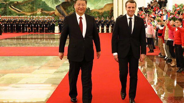 Kiegyensúlyozott kereskedelmi kapcsolatokat akar Kínával Macron
