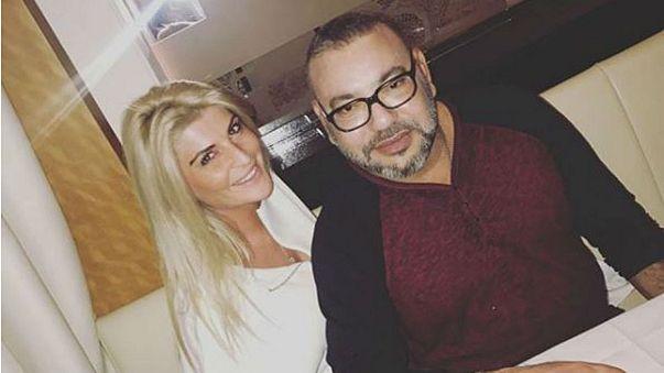 ما حقيقة العشاء الذي جمع نجمة فرنسية في برامج تلفزيون الواقع بالعاهل المغربي في باريس؟