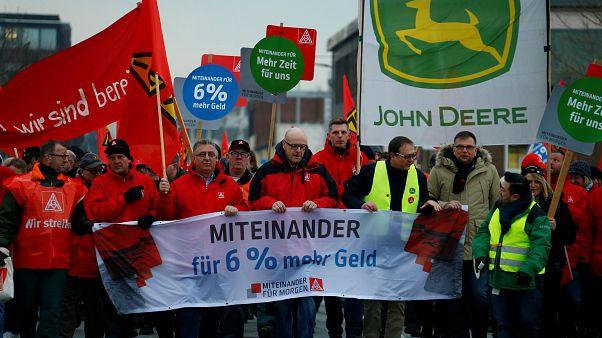 Sztrájkolnak a vasipari dolgozók Németországban