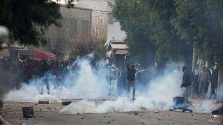 Tumultos sacodem Tunísia