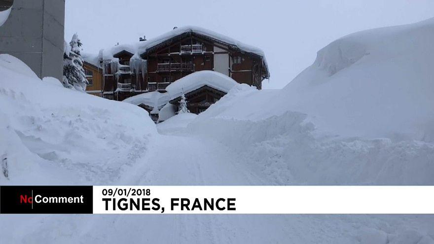 Chutes de neige exceptionnelles dans les Alpes françaises