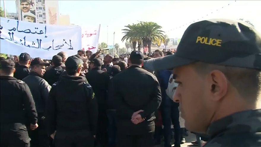 Протесты в Тунисе продолжатся