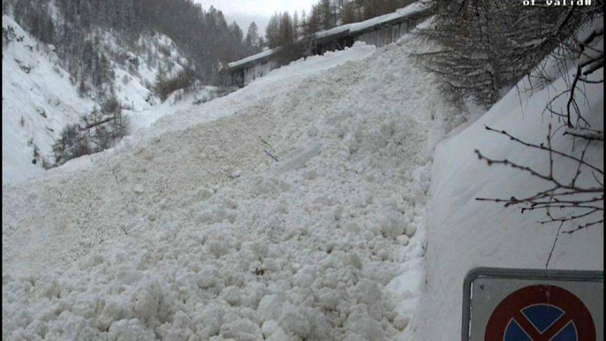 Trece mil personas han quedado atrapadas en la estación de esquí de Zermatt, el techo de los Alpes