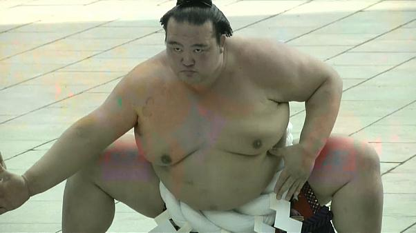 Sumo scandal threatens new season in Japan