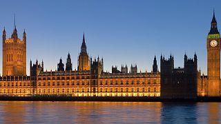 ثبت ۲۴ هزار مورد دسترسی به سایتهای هرزهنگاری در پارلمان بریتانیا