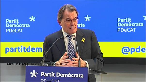 Artur Más deixa presidência do Partido Democrata Catalão