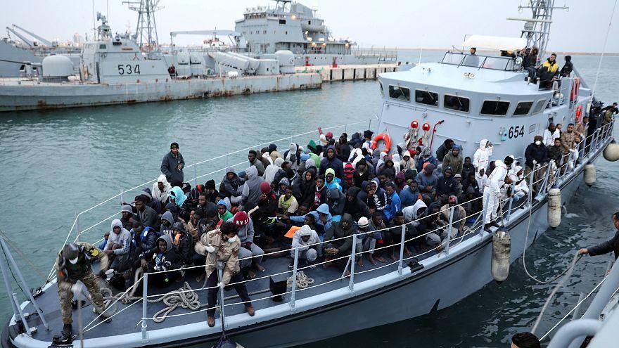 شهادات ناجين حول غرق 50 مهاجرا بالقرب من السواحل الليبية