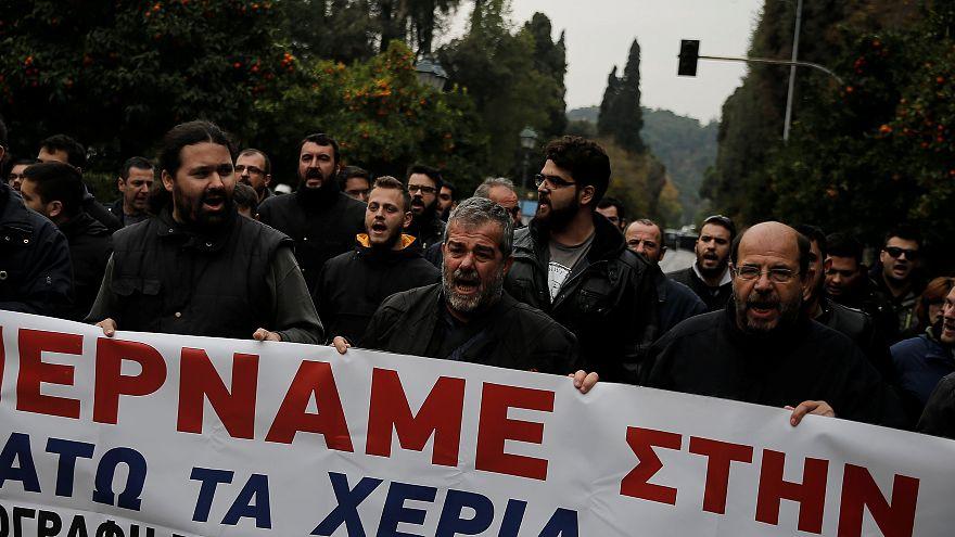 """La rabbia dei sindacati greci contro il ddl """"omnibus"""""""