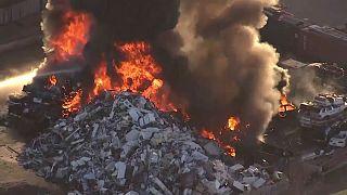 ABD'de geri dönüşüm tesisinde yangın