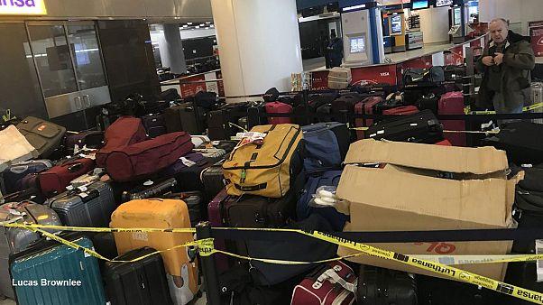 Caos de equipajes perdidos en el aeropuerto JFK de Nueva York
