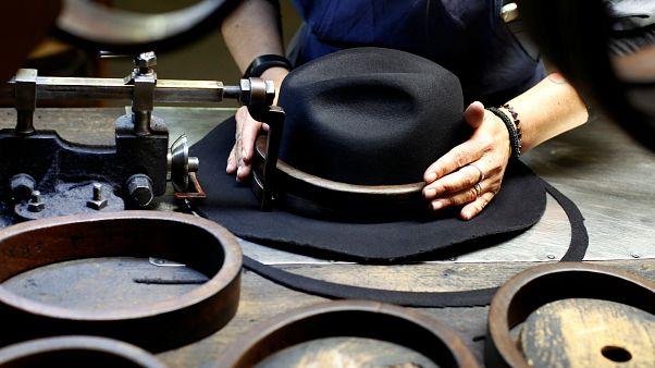 """انتحار """"فتاة القبعة"""" يتسبب بصدمة كبيرة في أستراليا"""