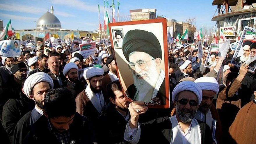 لماذا يريد الشباب الإيراني والسعودي دفن العام  1979؟